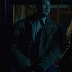 Luther-The-Umbrella-Academy-Tom-Hopper-Corduroy-Jacket