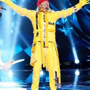 Bret-Michaels-The-Masked-Singer-Season-03-Banana-Jacket