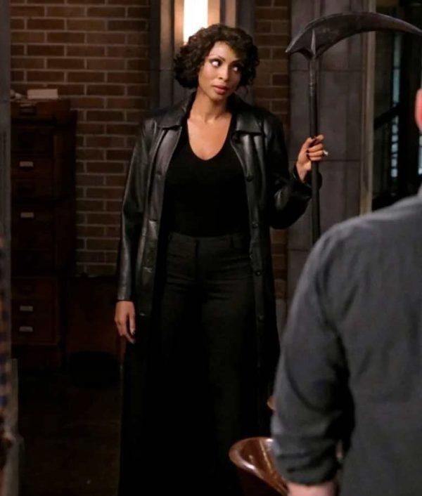 Supernatural Season 15 Lisa Berry Coat
