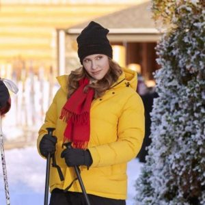 Hearts of winter Jill Wagner Yellow Puffer Hooded Jacket