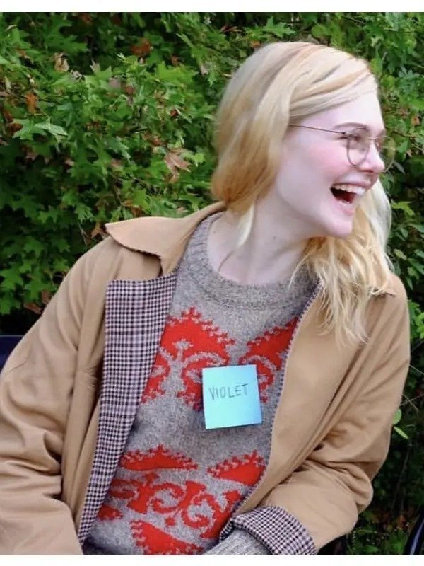 Elle-Fanning-All-The-Bright-Places-Coat