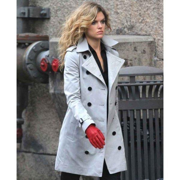 Gotham Barbara Kean White Coat1