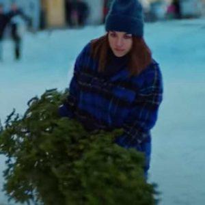 Ida Elise Broch Plaid Jacket - Home For Christmas S02 Jacket
