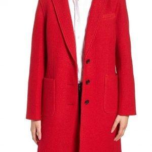 Kiernan Shipka The Chilling Adventures of Sabrina Red Coat