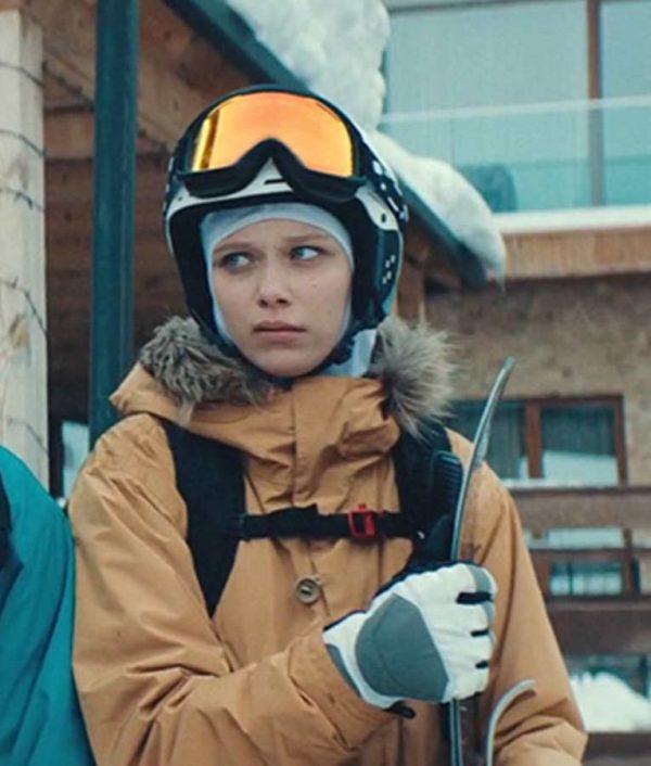 Mariam Sulakadze Let it Snow 2020 Parkas