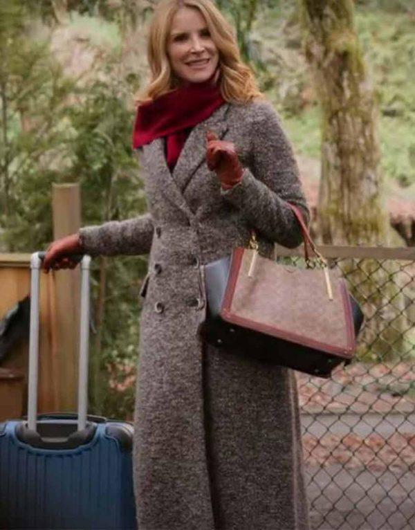 Jenny Cooper Coat | Virgin River Season 02 Joey Barnes Grey Coat