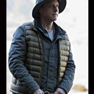 Alan Tudyk Resident Alien 2021 Harry Vanderspeigle Puffer Vest