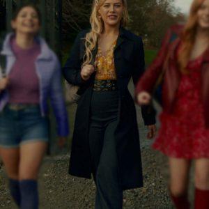 Hannah van der Westhuysen Fate The Winx Saga Stella Black Coat