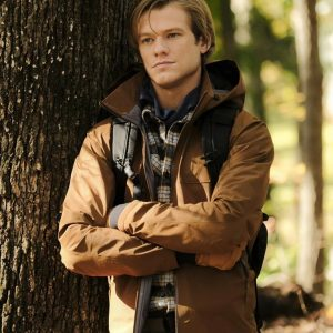 Angus MacGyver MacGyver S03 Lucas Till Brown Jacket With Hood