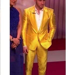 Nick-Jonas-Yellow-Tuxedo-Jacket