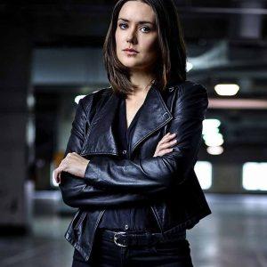 Elizabeth Keen The Blacklist Megan Boone Black Leather Jacket