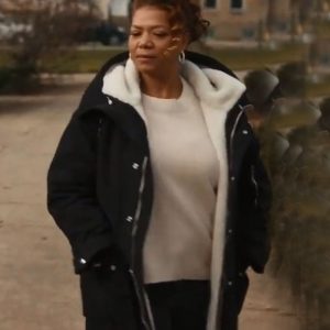 Robyn McCall TV Series The Equalizer (2021) Queen Latifah Black Shearling Coat