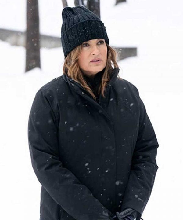 Mariska Hargitay TV Series Law & Order Organized Crime 2021 Olivia Benson Black Coat