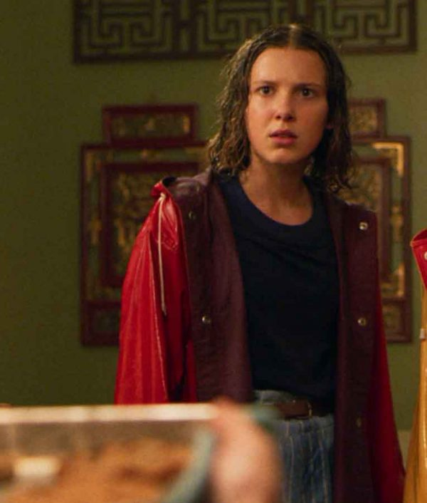 Millie Bobby Brown Stranger Things S04 Eleven Red Hooded Coat