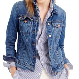 13 Reasons Why Katherine Langford Blue Jacket