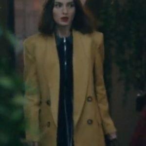 Sounds-Like-Love-Maca-yellow-blazer